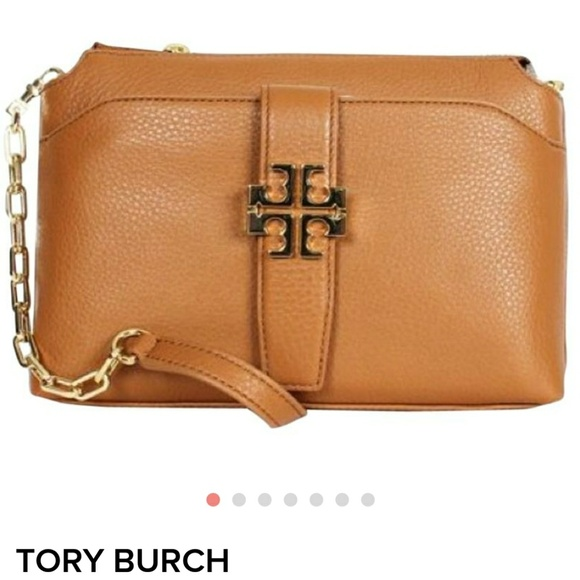 36d3315e3a9 Tory Burch Meyer Plaque Chain Tan Crossbody Bag. M 5b6758511b3294a63f6719d5